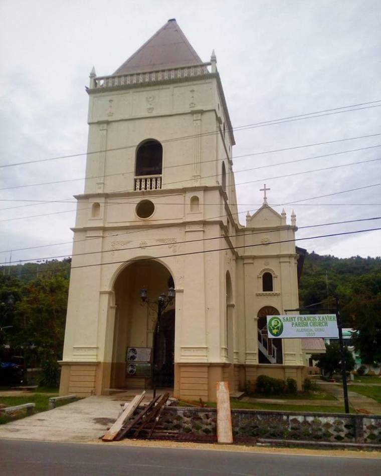 Churches in the Philippines