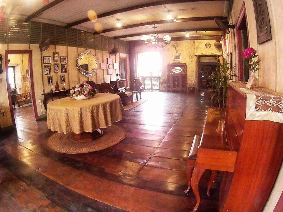 Heritage house in the philippines