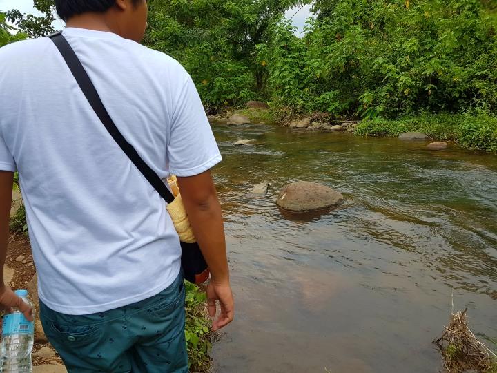 how to get to mambukal resort