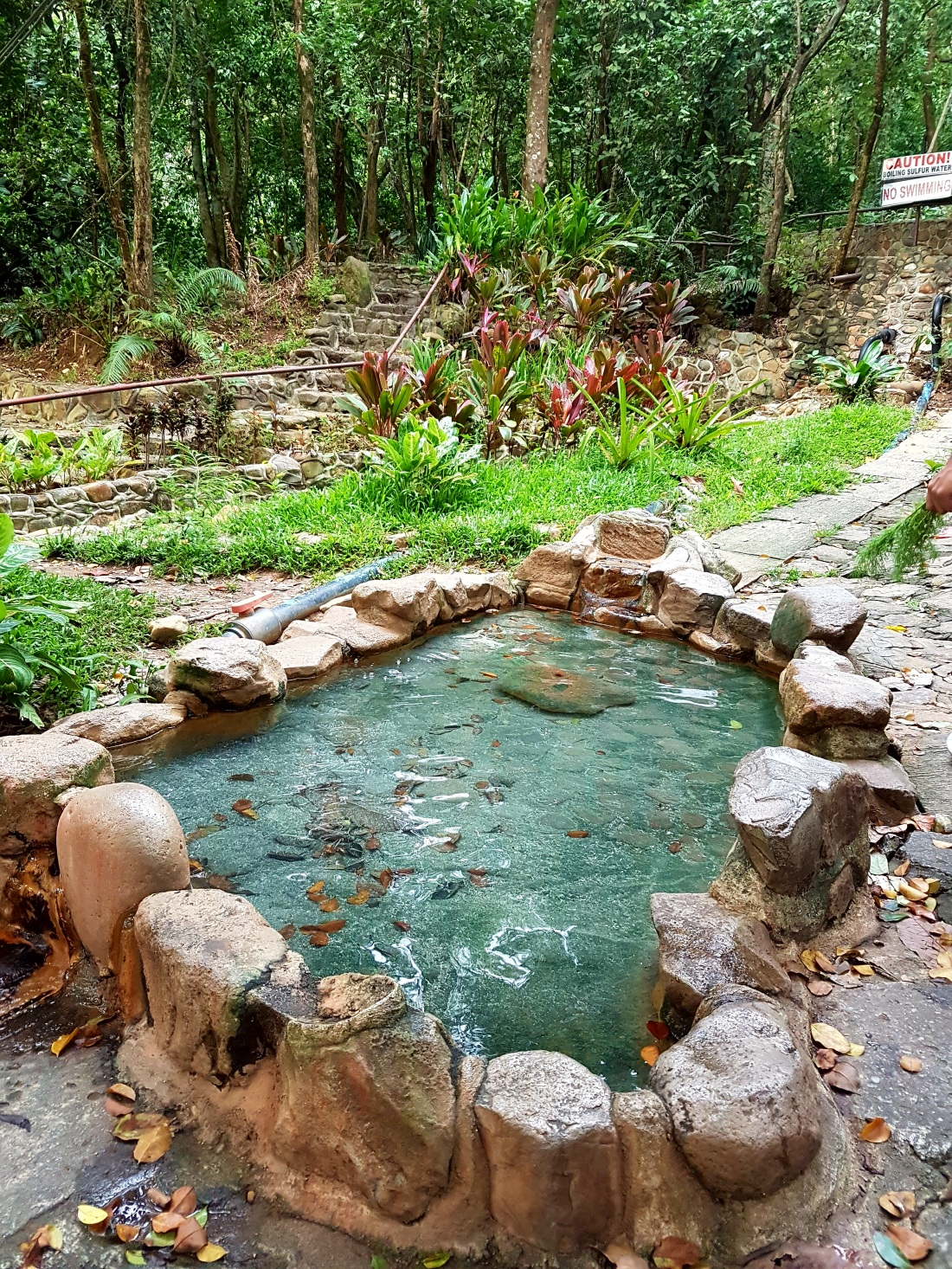 Mt. Kanlaon sulfur pool