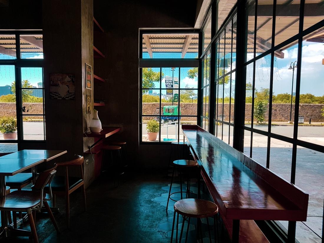cozy cafes in manila